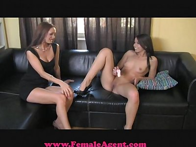 FemaleAgent Stunning, sexy and mine