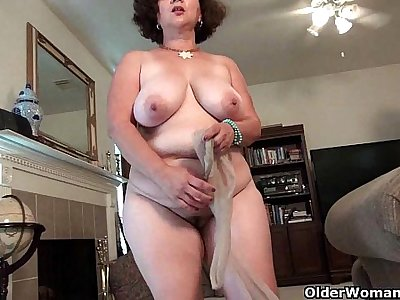 Voluptuous milf Marie Black needs sexual relief